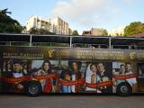 Shopping da Bahia estampa campanha de Natal e faz ação promocional no Salvador Bus
